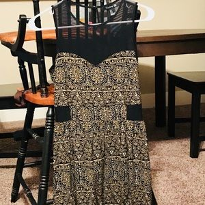 Forever 21 Tribal Print Gold and Black, Size Small